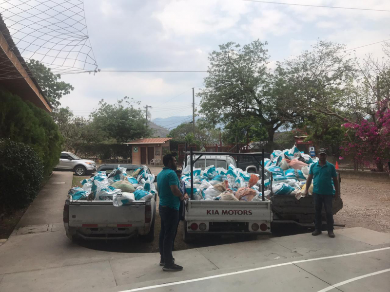 El Bonete, the first water project done with  in 2007 with Copan and Fort Mill RC there were 38 families living there.  Today they gave food to 81 families in El bonete